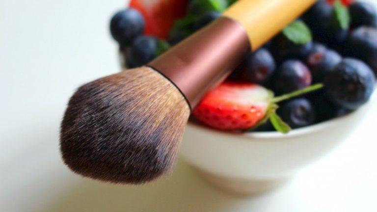 Jak wybierać zdrowe kosmetyki naturalne?