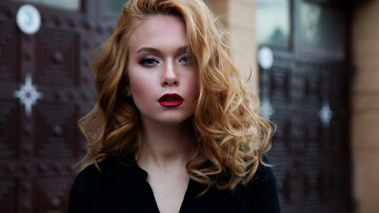 Jak wykonać makijaż wieczorowy?